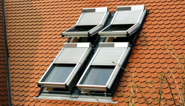 Braas Dachfenster Rollo mit Solarmodul und Funksteuerung kaufen